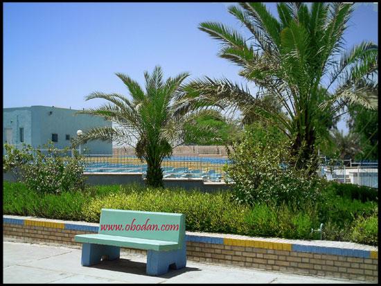سینما روباز و تابستانی انکس واقع در باشگاه نفت آبادان