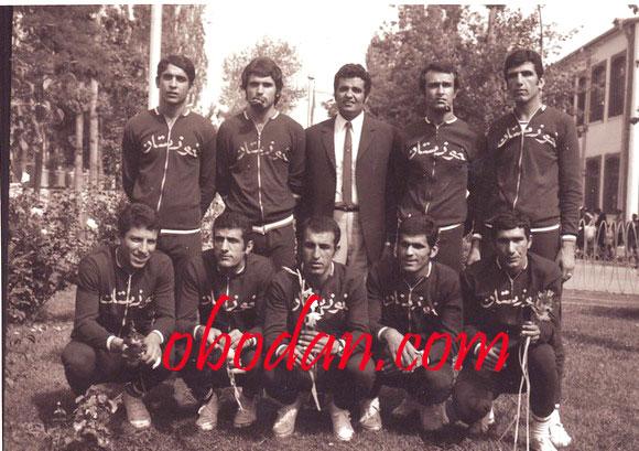 علی قانع پیشکسوت ورزش والیبال و دبیر ورزش مدارس آبادان در گذشت.
