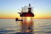 انصاری به دنبال دکل گمشدهء نفت می گردد