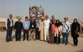 بازدید فیلم ساز بزرگ ژاپن از اسکله و تاسیسات پالایشگاه آبادان