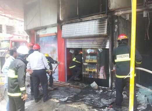 باز هم آتش سوزی در مراکز تجاری آبادان!!!
