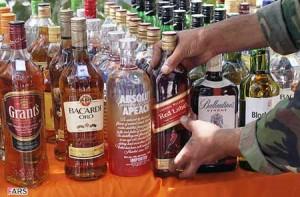 اخبار آبادان,obodan,مشروب الکلی,قاچاق مشروب الکلی,مشروب در آبادان,رسیور در آبادان,قاچاق رسیور در آبادان,